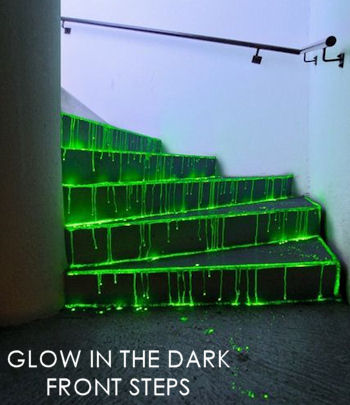 Glow in the dark front steps | 25+ Halloween party decor ideas
