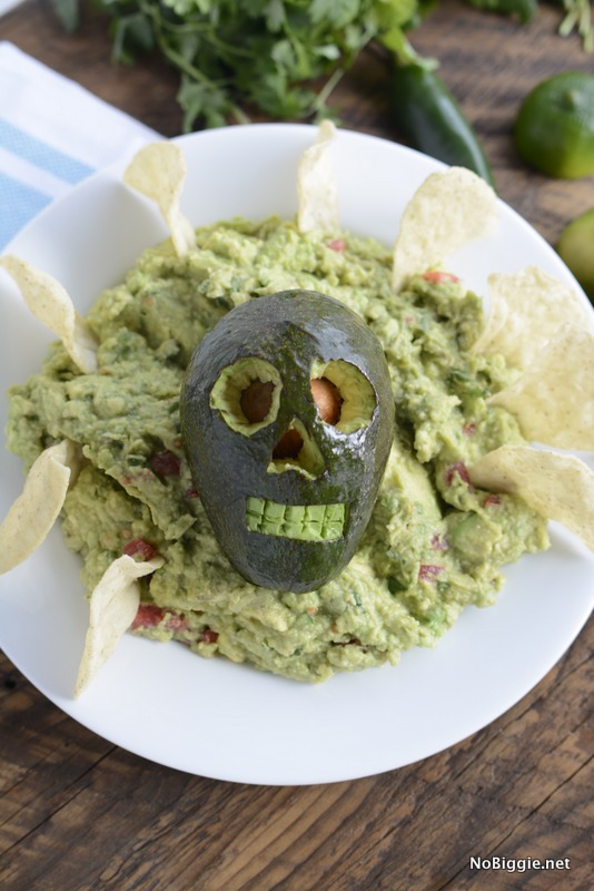 Halloween Guac - full recipe and video on NoBiggie.net | Holy Skully Guacamole!