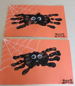 Hand painted spider | 25+ Halloween crafts for kids