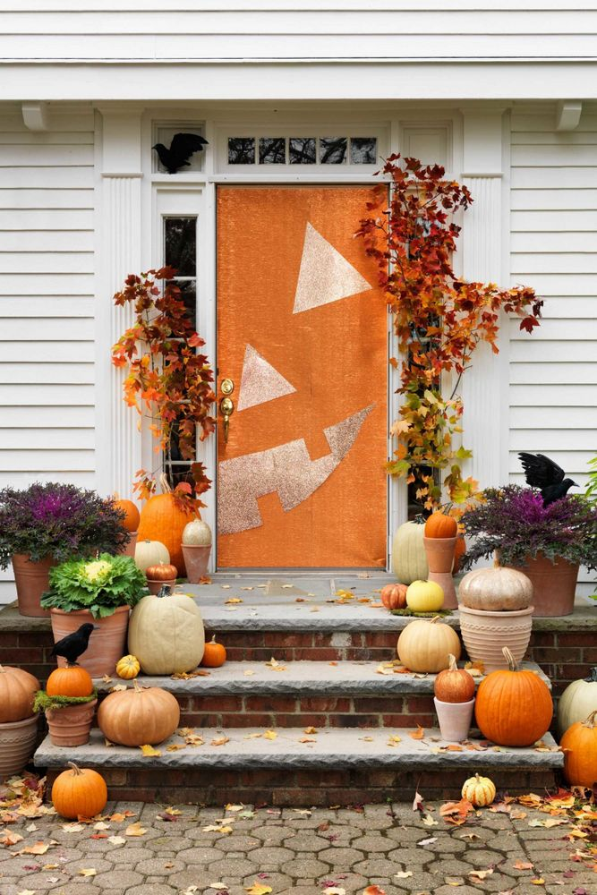 Jack o lantern Halloween Door | Halloween Decor Ideas