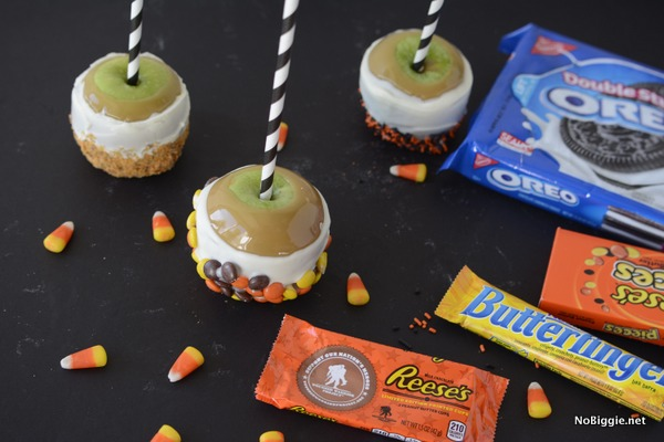 Make gourmet Caramel Apples for Halloween - for less! Make the most gourmet apples for your next party! | NoBiggie.net