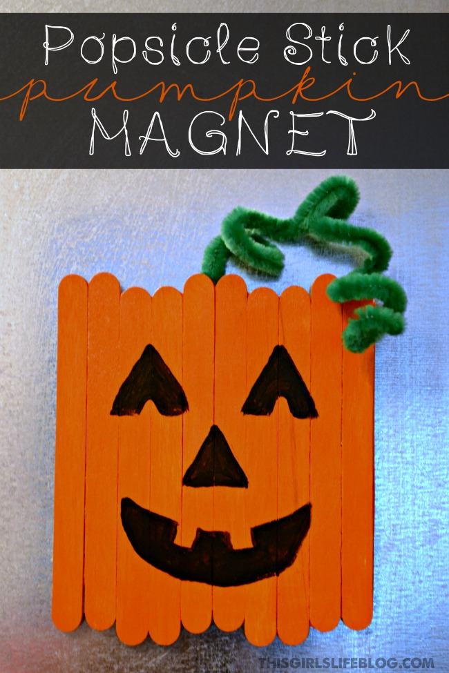 Popsicle stick pumpkin magnet | 25+ Halloween crafts for kids