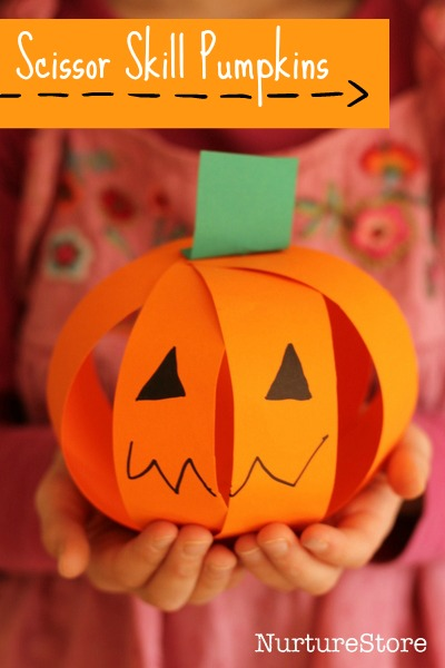 Scissor skills easy pumpkin | 25+ Halloween crafts for kids