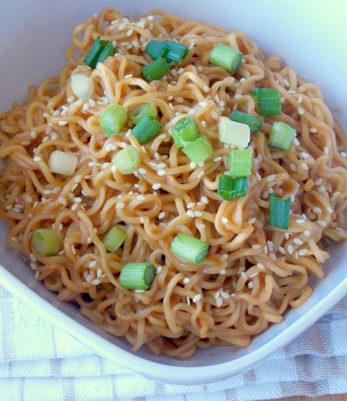 Sesame Peanut Butter Noodles   25+ Ramen Noodle Recipes