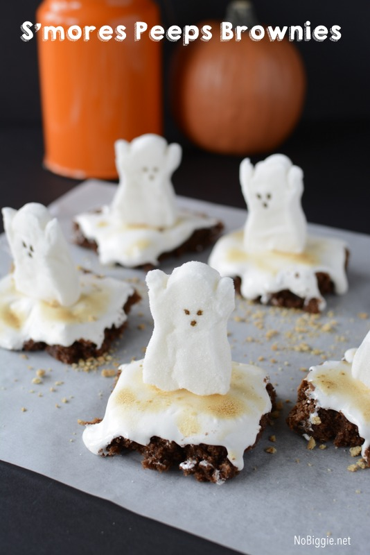 Halloween S\'mores Brownies: for a spooky fun treat with that classic S\'mores flavor made with PEEPS . #smores #peeps #halloween  #brownies