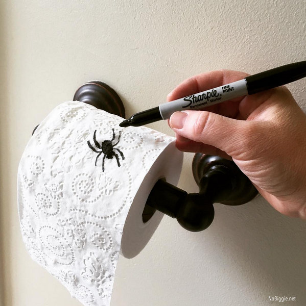 sharpie spider Halloween prank | 25+ Halloween party decor ideas