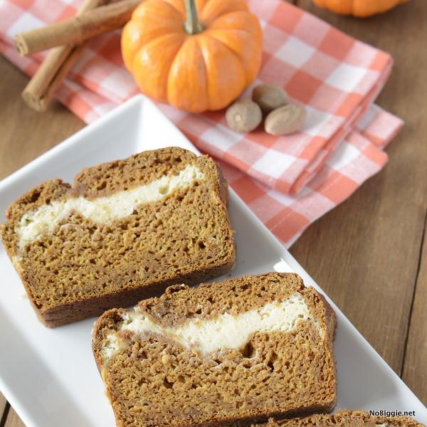 spiced cream cheese swirl pumpkin bread | NoBiggie.net