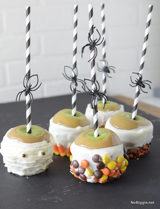 spooky Caramel Apples for Halloween - for less! Make the most gourmet apples for your next party! | NoBiggie.net