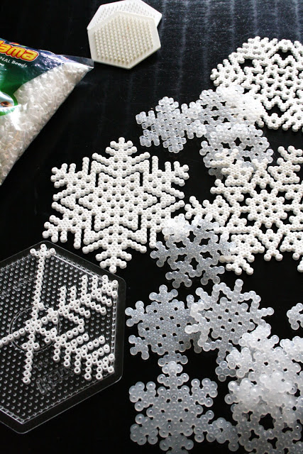 Bead snowflakes | 25+ ornaments kids can make