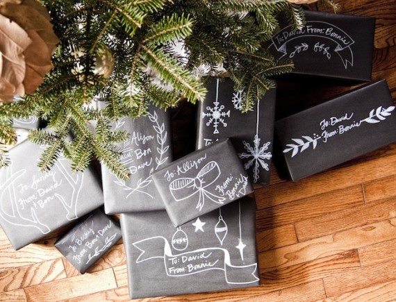 DIY chalkboard gift wrap | 30+ Christmas Wrapping Ideas