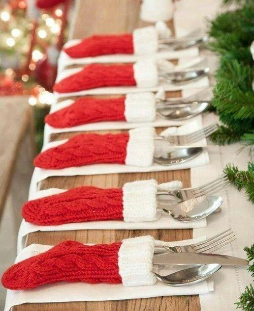 Christmas stocking silverware holders | 25+ easy DIY Christmas decor | NoBiggie.net