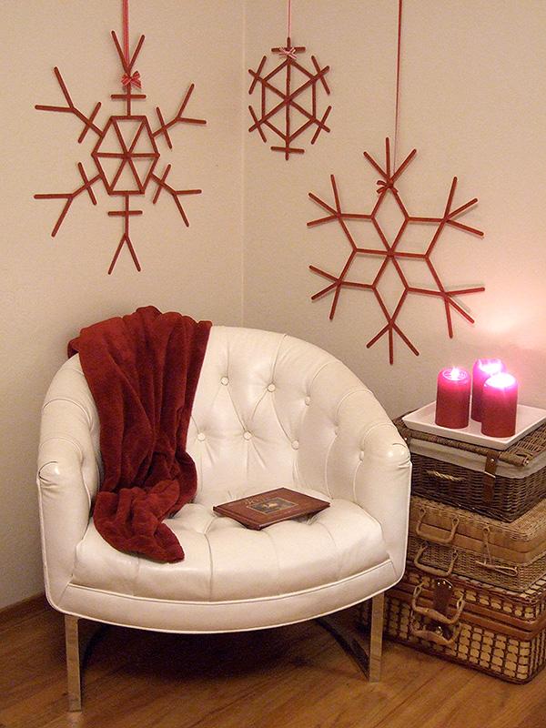 Giant Craft Stick Snowflakes | 25+ easy DIY Christmas decor | NoBiggie.net