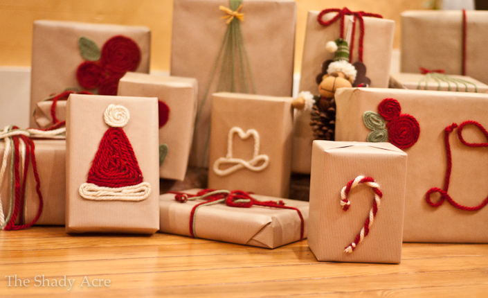 Yarn wrapping | 30+ cute ways to wrap Christmas presents | NoBiggie.net