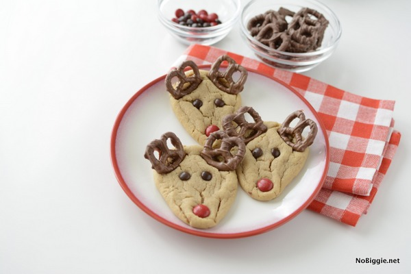 peanut butter rudolph cookies for a Christmas cookie exchange | NoBiggie.net