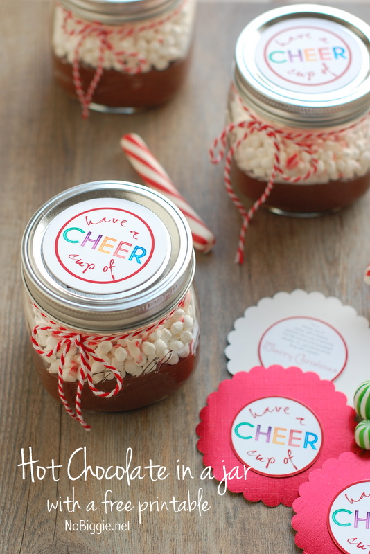 Hot Chocolate in a jar with a free printable