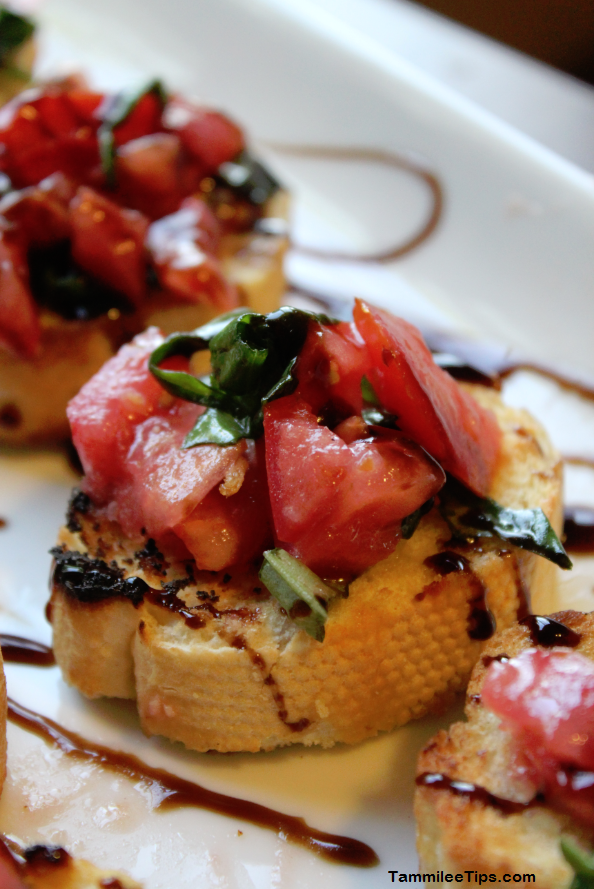 Super easy bruschetta | 25+ Holiday Party Appetizers