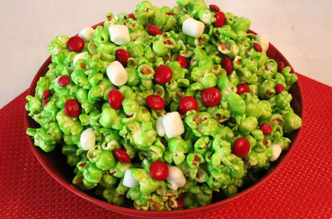 grinch popcorn | 25+ Grinch crafts and cute treats