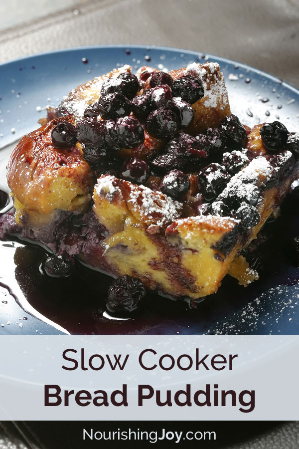 15 Easy and Tasty Slow Cooker Desserts you MUST make