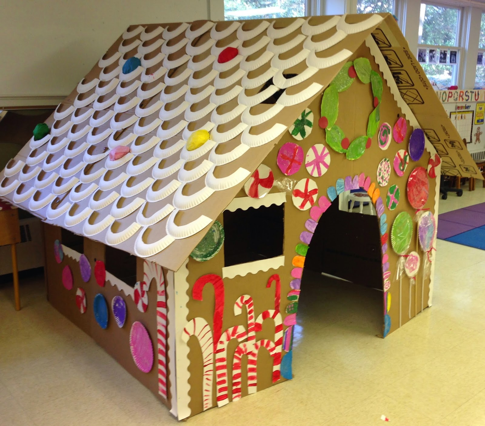 cardboard Gingerbread house | 25+ things to make with cardboard