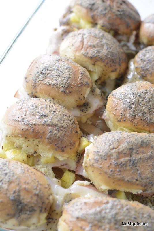 Ham and Cheese baked Hawaiian Sliders | NoBiggie.net