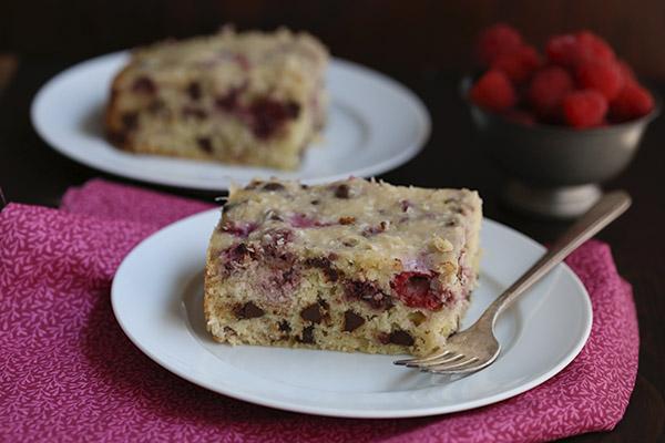 Raspberry Coconut Cake | 25+ slow cooker dessert recipes