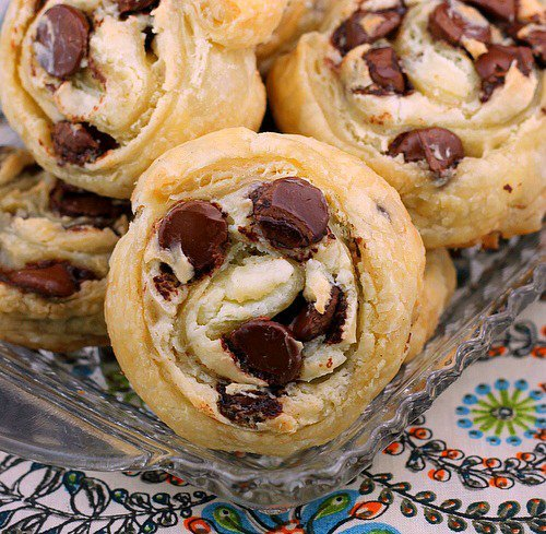 Chocolate Chip Cream Cheese Puff Pastry Cookies | 25+ Puff Pastry Dough Recipes