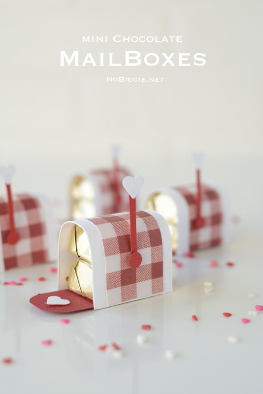 mini chocolate mailboxes | for a Valentine's Day treat | Video on NoBiggie.net