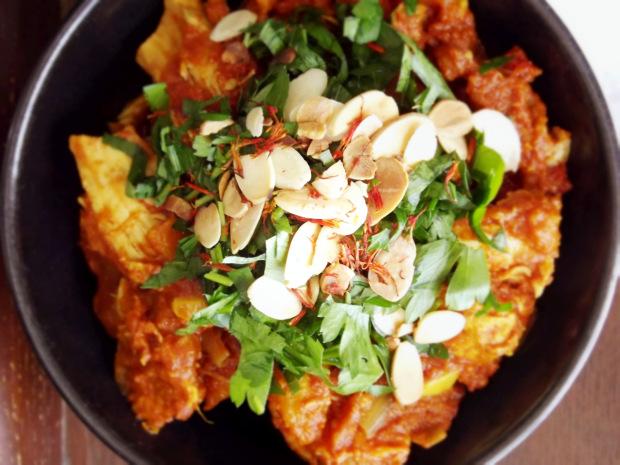 spicy saffron chicken crockpot meal | 25+ Freezer to Crockpot Meals