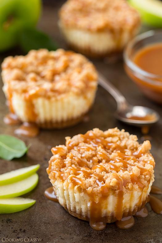 Caramel Apple Mini Cheesecakes | 25+ Cheesecake Recipes