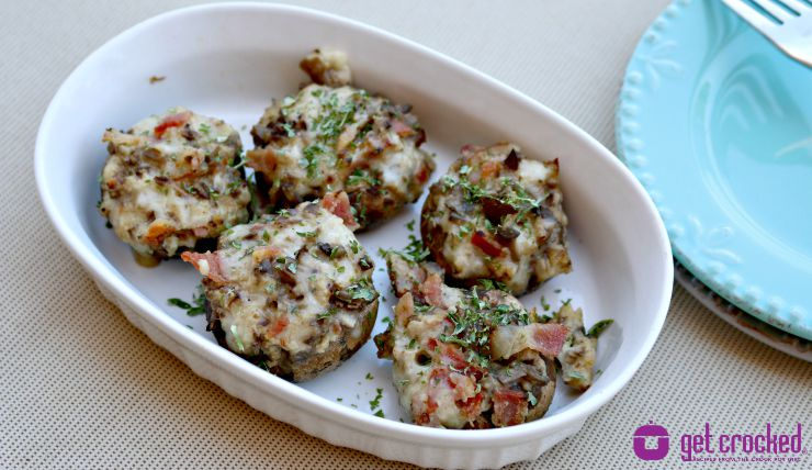 Cheesy Bacon Stuffed Mushrooms | 25+ slow cooker appetizer recipes