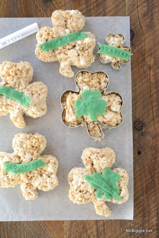 How to make St. Patrick's Day Rice Krispie Treats | NoBiggie.net