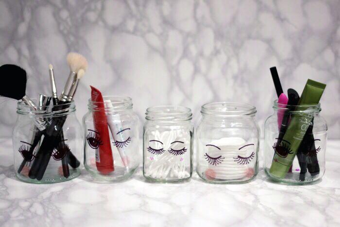 DIY Makeup storage jars | 25+ Sharpie Crafts