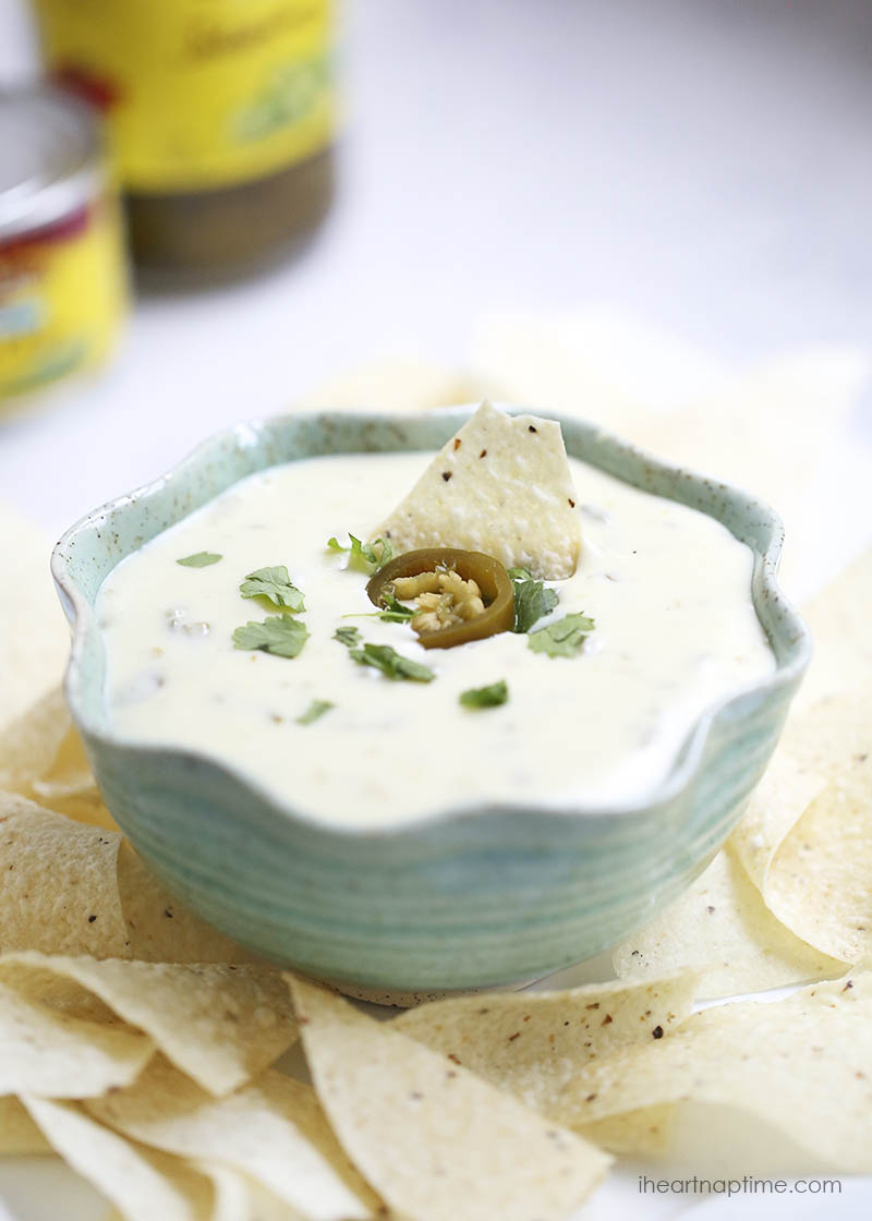 Queso Blanco Dip | 25+ slow cooker appertizer recipes