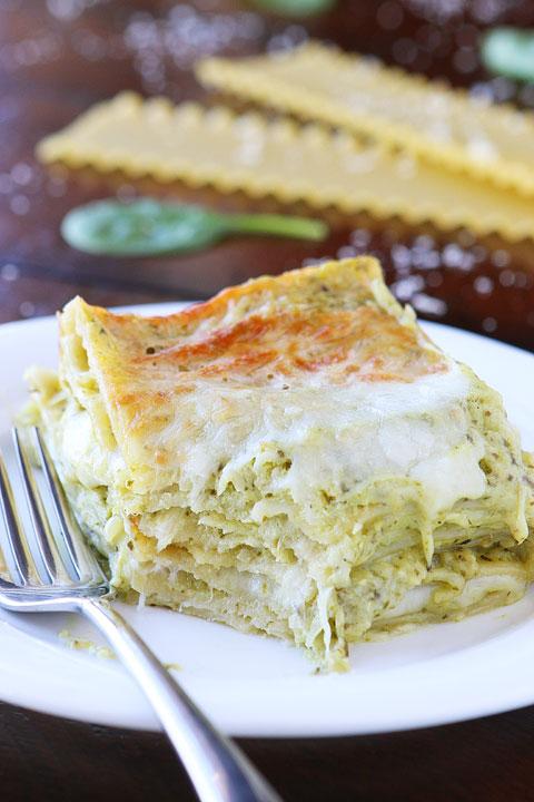 Spinach Artichoke Lasagna   25+ Lasagna Recipes