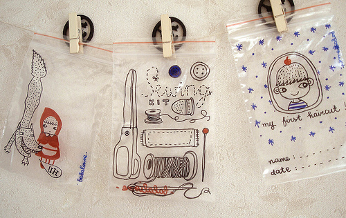 DIY Storage baggies decorated with sharpies | 25+ Sharpie Crafts