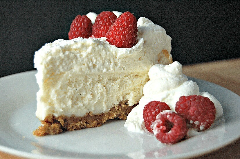 Vanilla Bean Cheesecake | 25+ Cheesecake Recipes