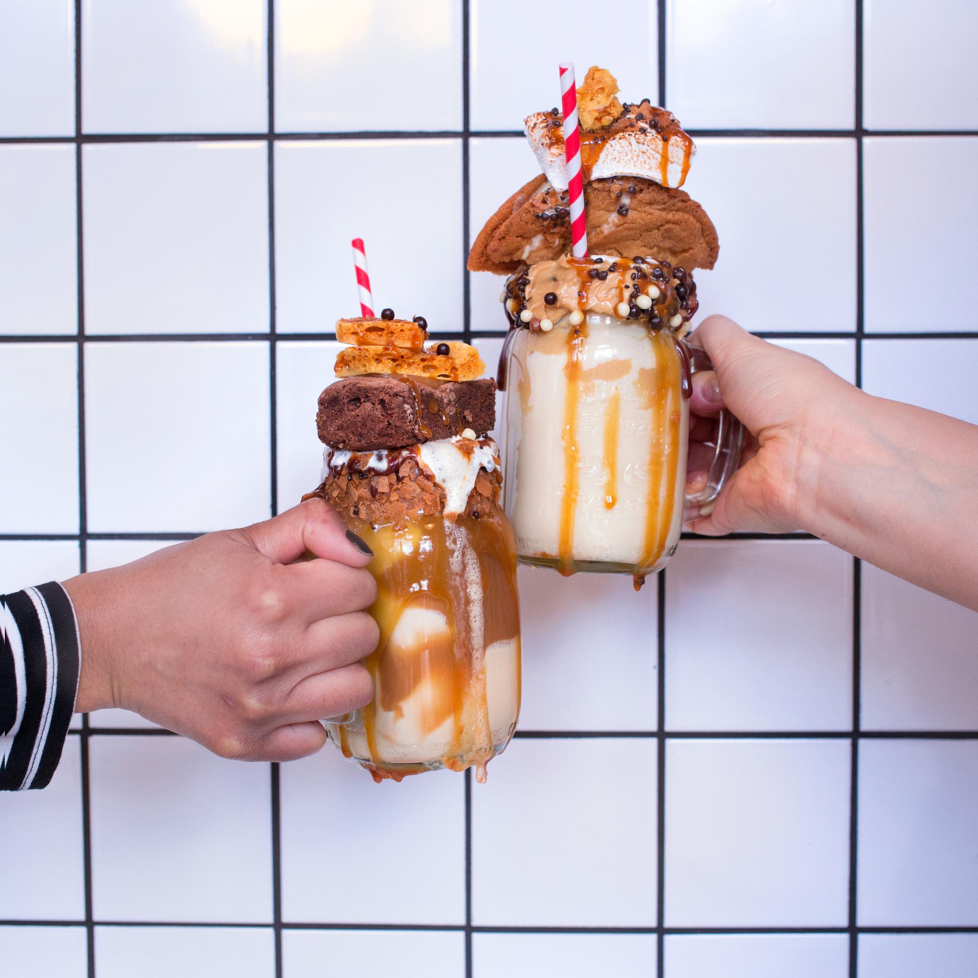 Clink Milkshakes   20+ Extreme Milkshakes