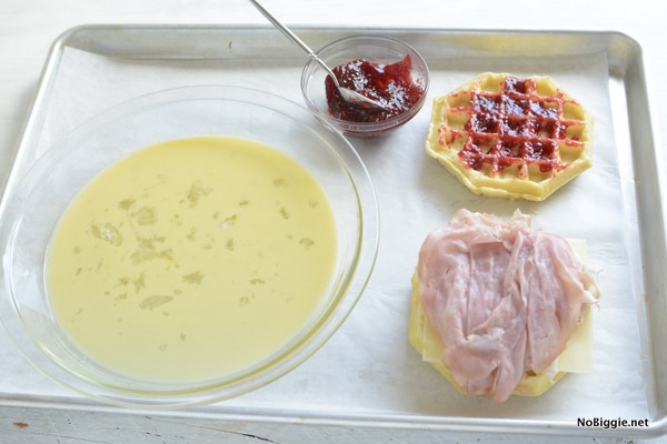 Monte Cristo Sandwich waffle in the making | NoBiggie.net