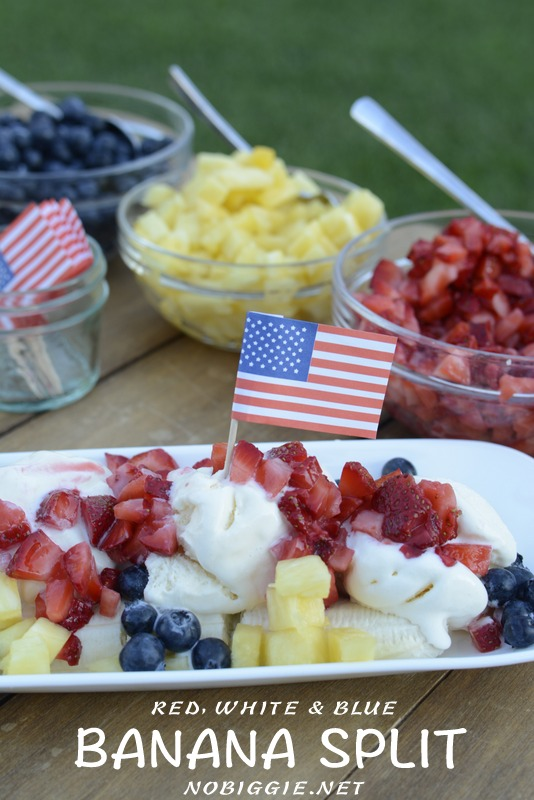Red, white and blue banana splits for a  fun and festive way to celebrate the 4th of July. #bananasplits #redwhiteblue #4thofjuly #icecream