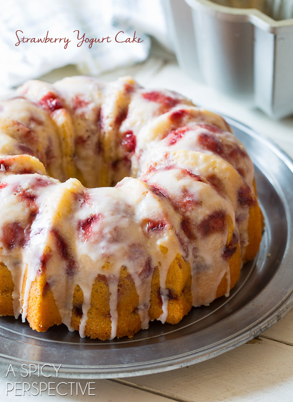 Fresh Strawberry Yogurt Pound Cake