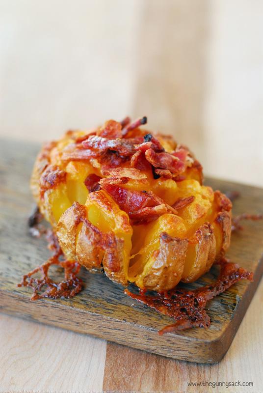 Bloomin Baked Potato | 25+ Potato Side Dishes