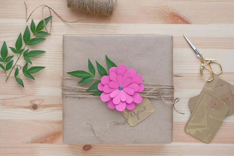 Burst of Fuchsia Flower gift wrap | 25+ Paper Flower Crafts