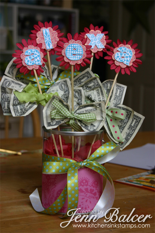 Cash Bouquet | 25+ Creative Ways to Give Money