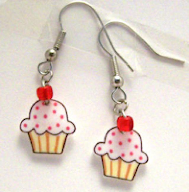 How to Make Cupcake Earrings