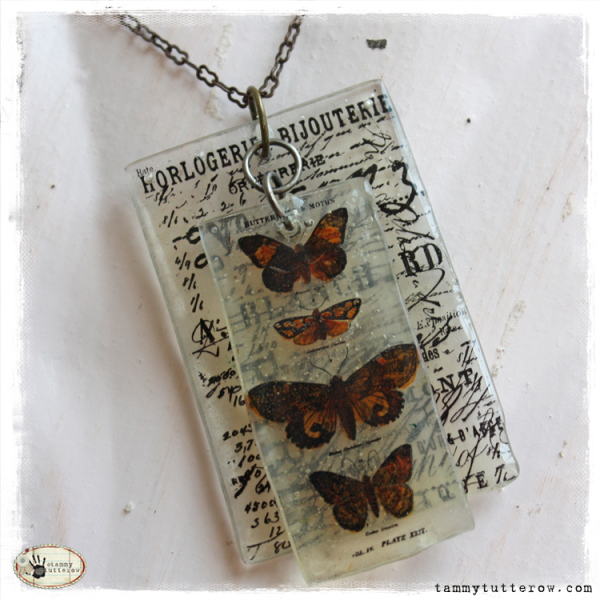 Papillon UTEE Pendant | 25+ Shrinky Dink Crafts