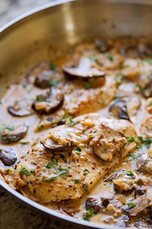 Chicken with Garlicky Mushroom Cream Sauce   25+ Chicken Recipes
