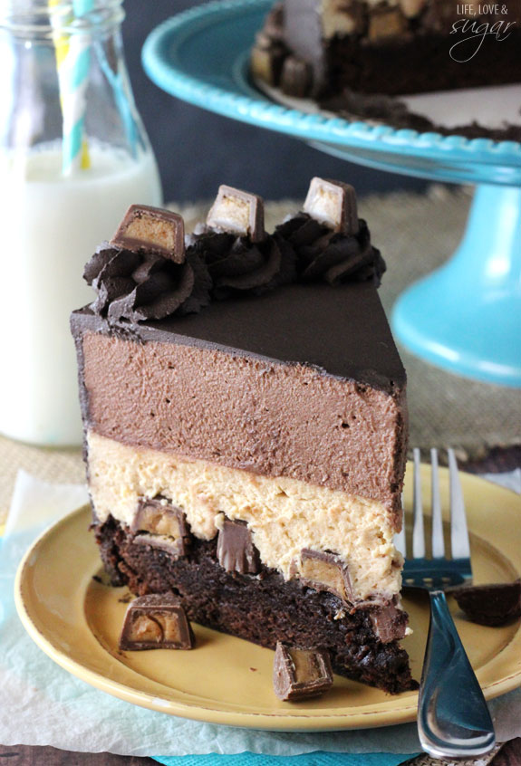 Peanut Butter Chocolate Mousse Cake | 25+ MORE Peanut butter and Chocolate desserts