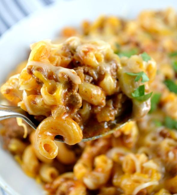 Skillet Cheesy Chili Mac | 25+ Pasta Recipes