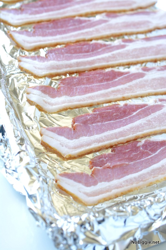 cook bacon in the oven | NoBiggie.net