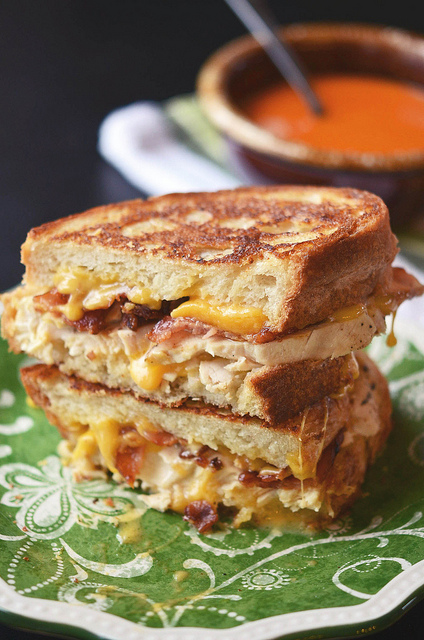 Chicken Bacon Ranch Grilled Cheese | 25+ Grilled Cheese Recipes